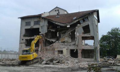 Събаряне на сгради - Изображение 5